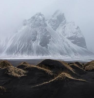 Горы Kambhorn и Vestrahorn в Исландии